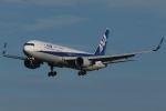木人さんが、成田国際空港で撮影した全日空 767-381/ERの航空フォト(写真)
