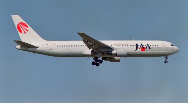 日本アジア航空 Boeing 767-300 ...