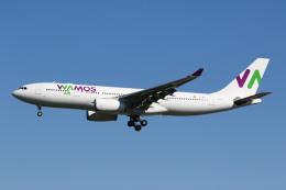 sky-spotterさんが、ロンドン・ガトウィック空港で撮影したワモス・エア A330-243の航空フォト(写真)