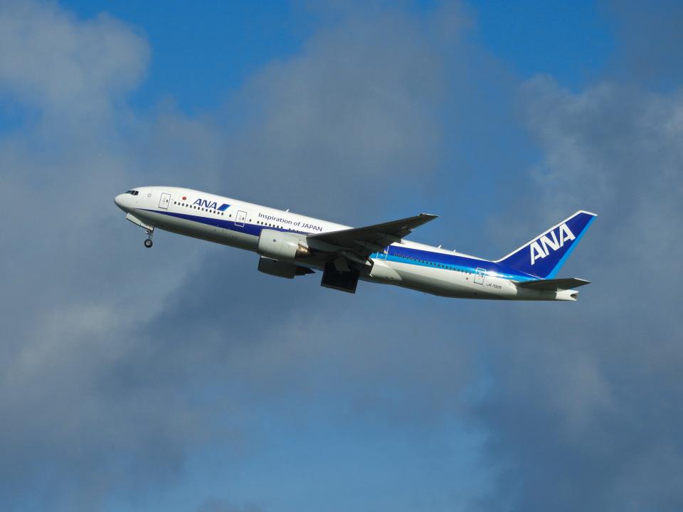 おっつんさんの全日空 Boeing 777-200 (JA702A) 航空フォト
