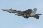 Tomo-Papaさんが、フェアフォード空軍基地で撮影したスイス空軍 F/A-18C Hornetの航空フォト(写真)
