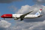 sky-spotterさんが、ロンドン・ガトウィック空港で撮影したノルウェー・エアUK 787-9の航空フォト(写真)