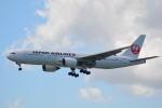 LEGACY-747さんが、那覇空港で撮影した日本航空 777-289の航空フォト(写真)