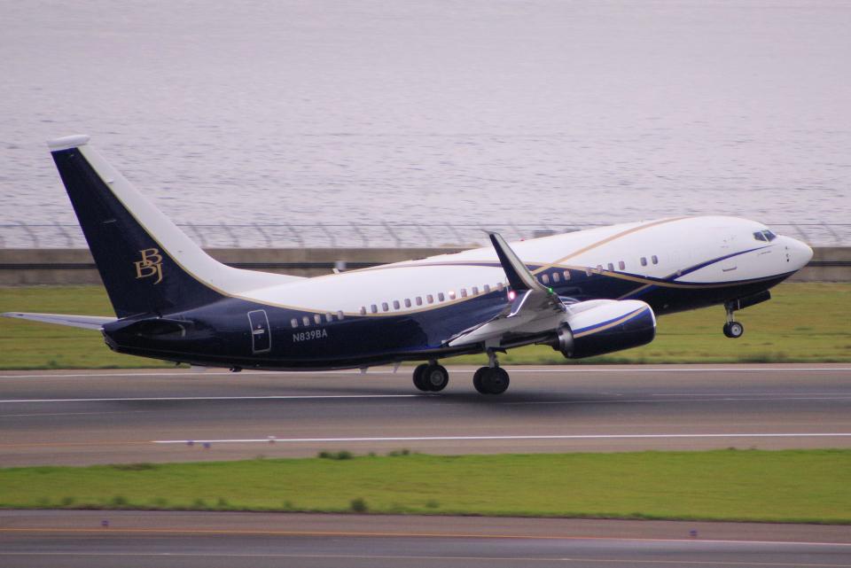 yabyanさんのボーイング・ビジネス・ジェット Boeing 737-700 (N839BA) 航空フォト