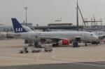uhfxさんが、パリ シャルル・ド・ゴール国際空港で撮影したスカンジナビア航空 A320-232の航空フォト(写真)