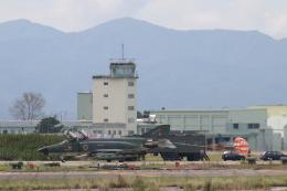 yasunori0624さんが、小松空港で撮影した航空自衛隊 RF-4EJ Phantom IIの航空フォト(飛行機 写真・画像)