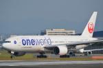 toyoquitoさんが、伊丹空港で撮影した日本航空 777-246の航空フォト(写真)