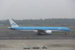ATOMさんが、成田国際空港で撮影したKLMオランダ航空 777-306/ERの航空フォト(写真)