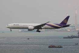 uhfxさんが、香港国際空港で撮影したタイ国際航空 777-3D7/ERの航空フォト(写真)