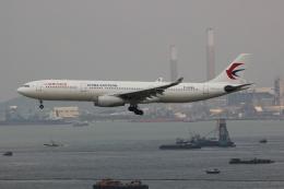 uhfxさんが、香港国際空港で撮影した中国東方航空 A330-343Xの航空フォト(写真)