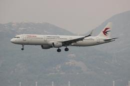 uhfxさんが、香港国際空港で撮影した中国東方航空 A321-211の航空フォト(写真)
