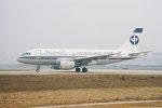 ゴンタさんが、北京首都国際空港で撮影した浙江航空 A319-111の航空フォト(写真)