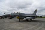 シュウさんが、横田基地で撮影したアメリカ空軍 F-16CM-50-CF Fighting Falconの航空フォト(写真)