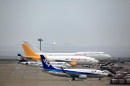 bakさんが、中部国際空港で撮影したボーイング エアクラフト ホールディング カンパニー 747-4B5(BCF)の航空フォト(飛行機 写真・画像)