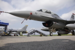 とらとらさんが、横田基地で撮影したアメリカ空軍 F-16DM-40-CF Fighting Falconの航空フォト(飛行機 写真・画像)