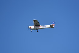 kumagorouさんが、嘉手納飛行場で撮影したKADENA AERO CLUB 172Pの航空フォト(写真)