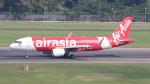 誘喜さんが、シンガポール・チャンギ国際空港で撮影したエアアジア A320-216の航空フォト(写真)