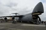 シュウさんが、横田基地で撮影したアメリカ空軍 C-5B Galaxyの航空フォト(写真)