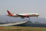 T.Sazenさんが、関西国際空港で撮影したエア・インディア 777-337/ERの航空フォト(飛行機 写真・画像)