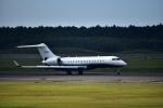 カシオペアさんが、新千歳空港で撮影したレッドラインエア BD-700-1A10 Global Expressの航空フォト(写真)