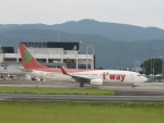flyflygoさんが、熊本空港で撮影したティーウェイ航空 737-83Nの航空フォト(写真)