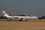 matsuさんが、成田国際空港で撮影した中国国際航空 A340-313Xの航空フォト(写真)