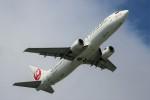 ばっきーさんが、那覇空港で撮影した日本トランスオーシャン航空 737-446の航空フォト(写真)