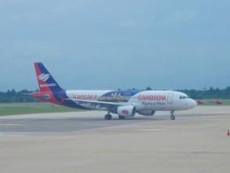 atiiさんが、シェムリアップ国際空港で撮影したバッサカ・エア A320-214の航空フォト(飛行機 写真・画像)