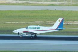 cassiopeiaさんが、那覇空港で撮影した北日本航空 PA-23-250 Aztec Fの航空フォト(飛行機 写真・画像)