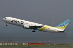 万華鏡AIRLINESさんが、羽田空港で撮影したAIR DO 767-33A/ERの航空フォト(写真)