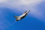 NCT310さんが、横田基地で撮影したアメリカ空軍 F-16DM-40-CF Fighting Falconの航空フォト(写真)