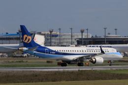 多楽さんが、成田国際空港で撮影したマンダリン航空 ERJ-190-100 IGW (ERJ-190AR)の航空フォト(写真)