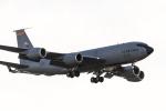 ファントム無礼さんが、横田基地で撮影したアメリカ空軍 KC-135R Stratotanker (717-148)の航空フォト(写真)