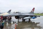 なごやんさんが、横田基地で撮影したアメリカ空軍 F-16CM-40-CF Fighting Falconの航空フォト(写真)