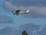 ここはどこ?さんが、札幌飛行場で撮影したジェイピーエー 172K Skyhawkの航空フォト(写真)