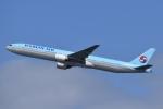 T.Kawaseさんが、羽田空港で撮影した大韓航空 777-3B5の航空フォト(写真)