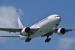 たっしーさんが、那覇空港で撮影した日本航空 777-246の航空フォト(写真)