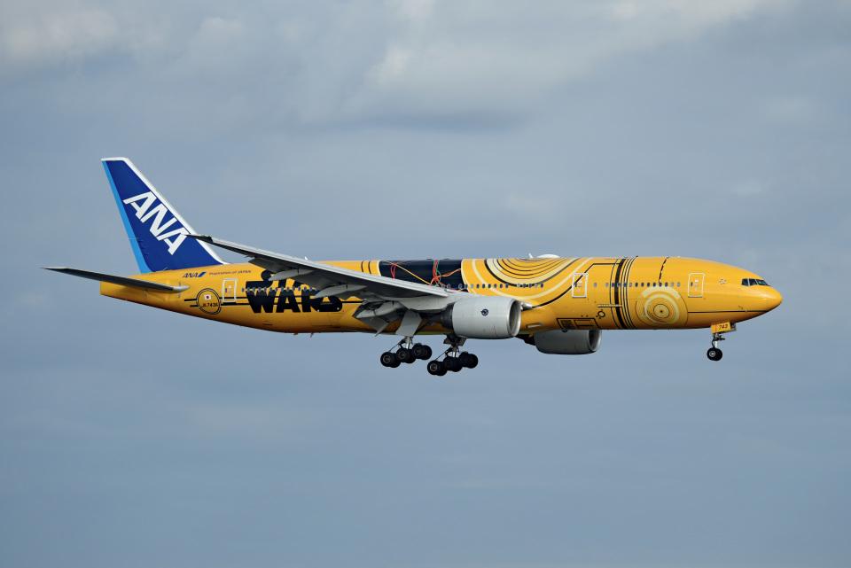 tsubasa0624さんの全日空 Boeing 777-200 (JA743A) 航空フォト