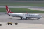 NIKEさんが、ウィーン国際空港で撮影したターキッシュ・エアラインズ 737-8F2の航空フォト(写真)