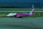 FRTさんが、那覇空港で撮影したピーチ A320-214の航空フォト(飛行機 写真・画像)