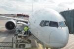 とおまわりさんが、フランクフルト国際空港で撮影した全日空 777-381/ERの航空フォト(写真)