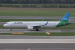 NIKEさんが、ウィーン国際空港で撮影したレベル A321-211の航空フォト(写真)