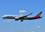 じーく。さんが、福岡空港で撮影したアシアナ航空 A350-941XWBの航空フォト(飛行機 写真・画像)