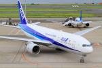 武彩航空公司(むさいえあ)さんが、羽田空港で撮影した全日空 777-281の航空フォト(写真)