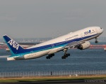 RUNWAY23.TADAさんが、羽田空港で撮影した全日空 777-281/ERの航空フォト(飛行機 写真・画像)