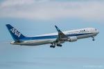 RUNWAY23.TADAさんが、成田国際空港で撮影した全日空 767-381/ERの航空フォト(写真)