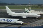 NIKEさんが、リュブリャナ空港で撮影したマレシュ・アエロ 737-3Y0の航空フォト(写真)