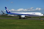shimashimaさんが、成田国際空港で撮影した全日空 767-381/ERの航空フォト(写真)