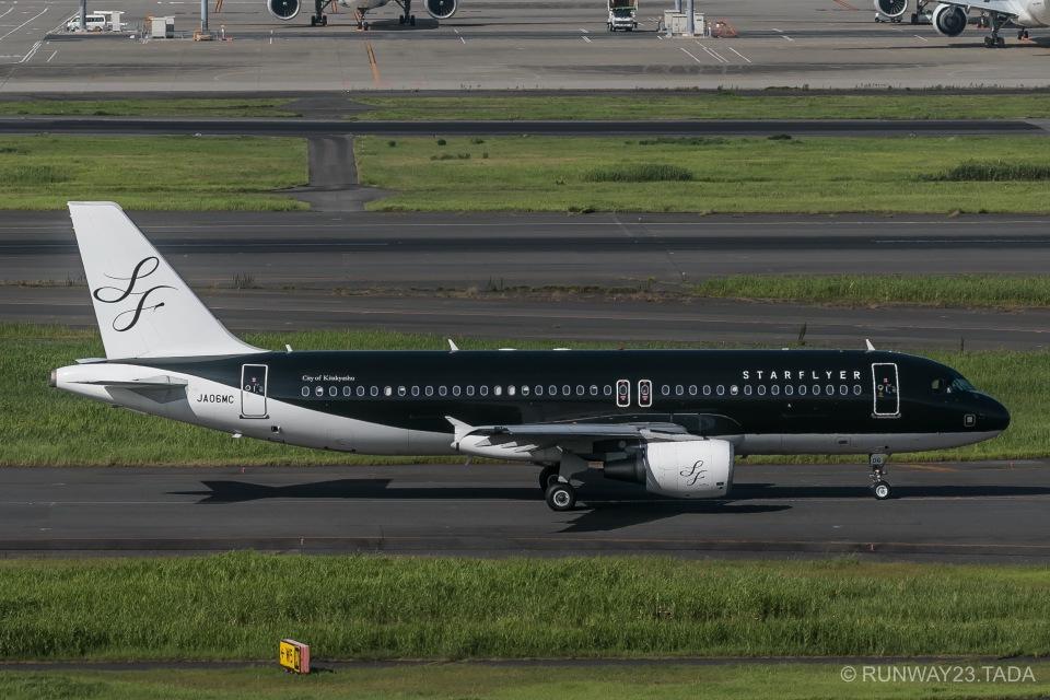 RUNWAY23.TADAさんのスターフライヤー Airbus A320 (JA06MC) 航空フォト