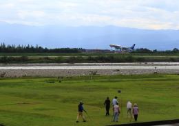 タミーさんが、富山空港で撮影した全日空 737-881の航空フォト(飛行機 写真・画像)
